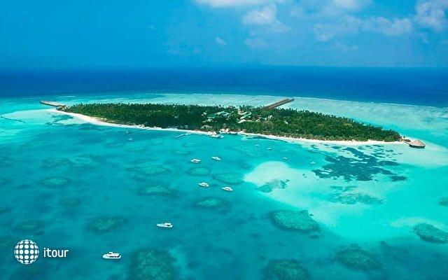 Meeru Island Resort 2