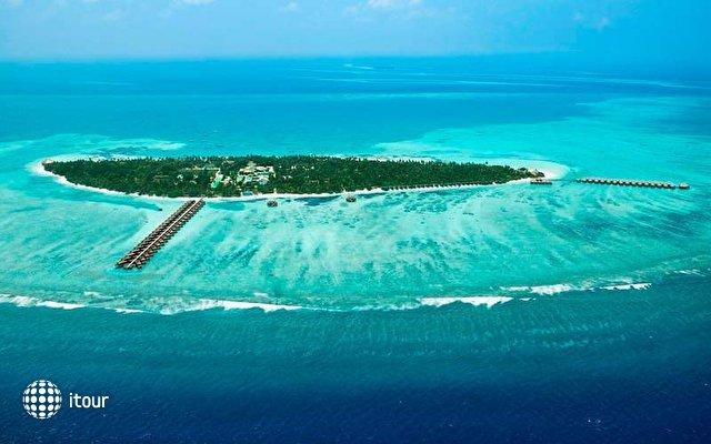 Meeru Island Resort 3