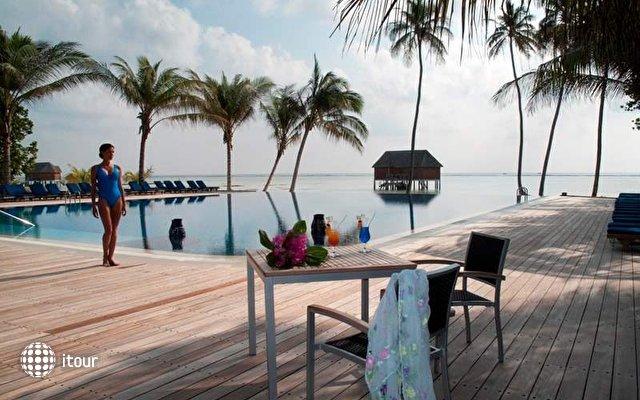 Meeru Island Resort 7