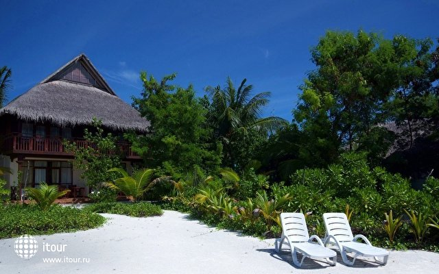 Olhuveli Beach & Spa Resort 4