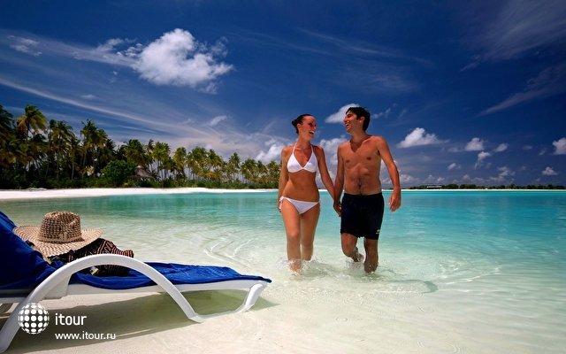 Olhuveli Beach & Spa Resort 17