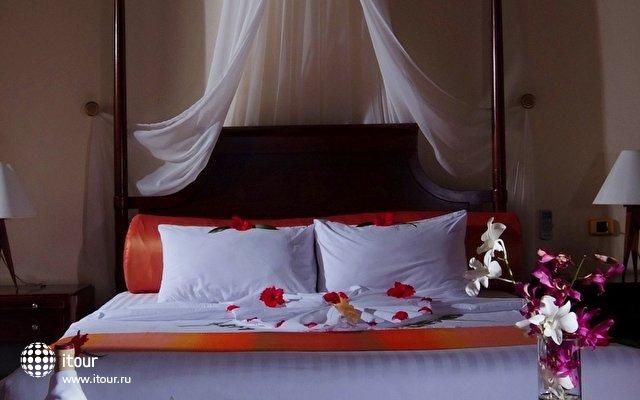 Olhuveli Beach & Spa Resort 20