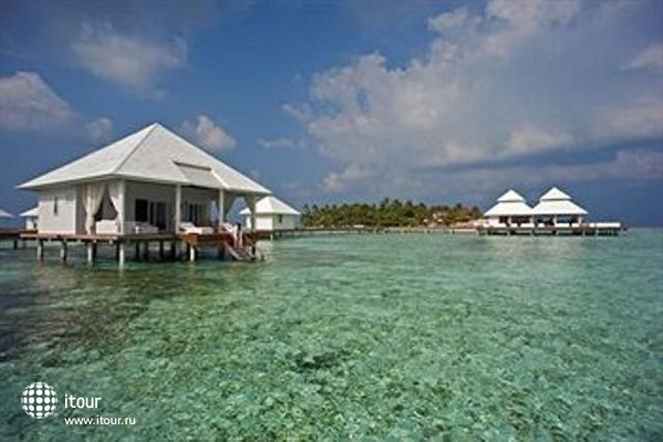 Diamonds Athuruga Beach & Water Villas 1