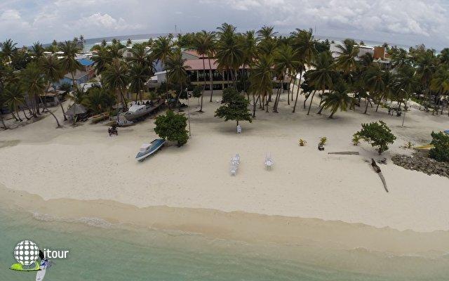 Sun Tan Beach Hotel 1
