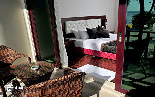 Sun Tan Beach Hotel 2