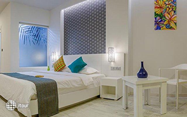 Velana Beach Maldives Guest House 5