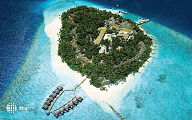 Fihalhohi Island Resort 1