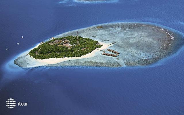Fihalhohi Island Resort 2