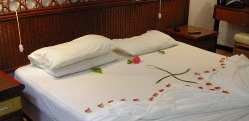 Giravaru Island Resort Hotel 9