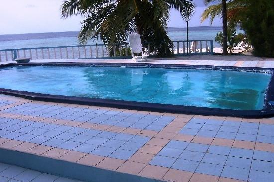 Giravaru Island Resort Hotel 12