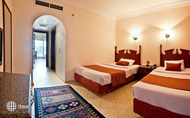Dessole Aladdin Beach Resort 32