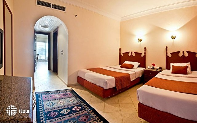 Dessole Aladdin Beach Resort 31