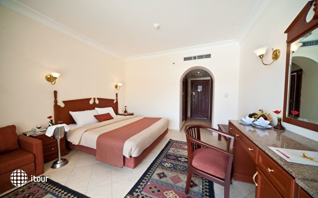 Dessole Aladdin Beach Resort 17