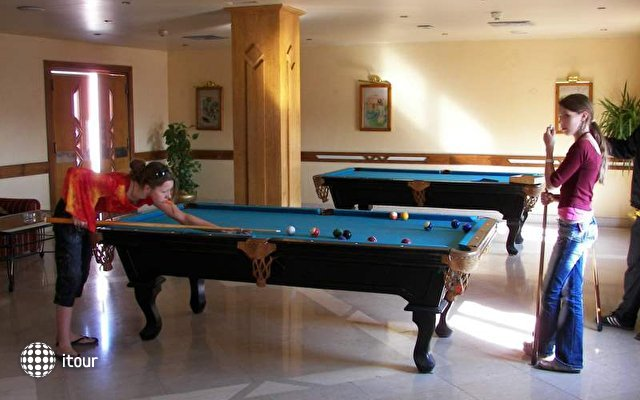 Le Pacha Resort 9