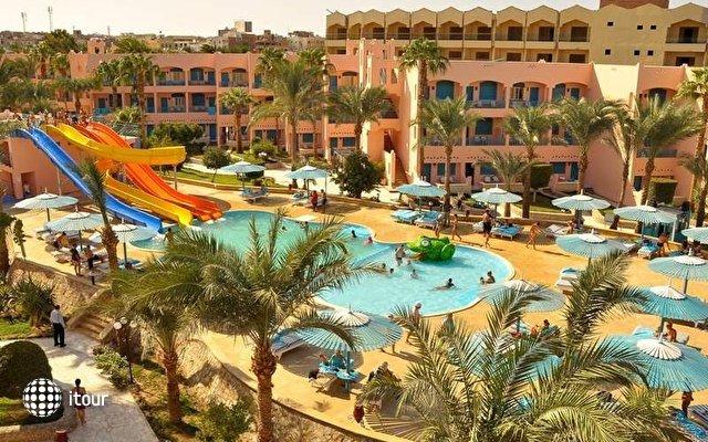Le Pacha Resort 8