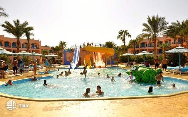 Le Pacha Resort 3