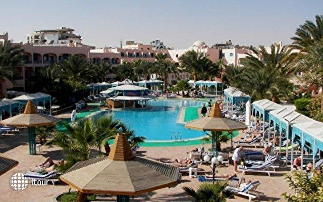 Le Pacha Resort 2
