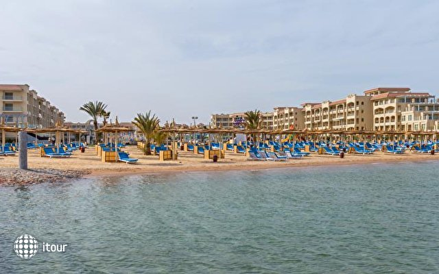 Albatros White Beach (ex. Royal Palace) 6
