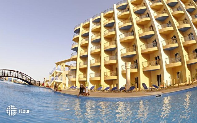 Sphinx Aqua Park Beach Resort 1