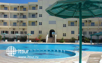 Hurghada Pharaoh Club Hotel  1