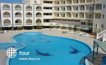 Hurghada Pharaoh Club Hotel  2