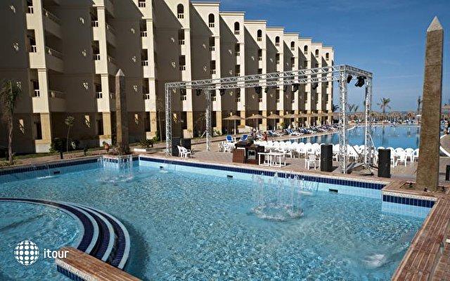 Amc Royal Hotel (ex. Amc Azur Grand Resort) 2