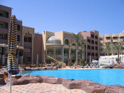Sunny Days El Palacio 1