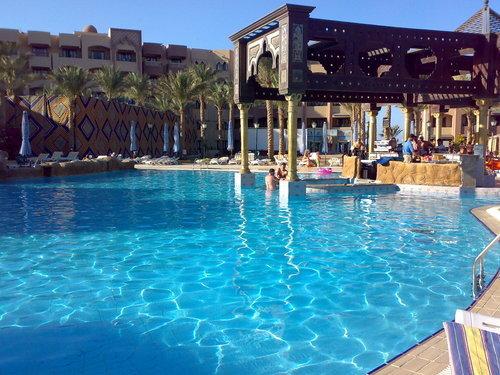 Sunny Days El Palacio 4