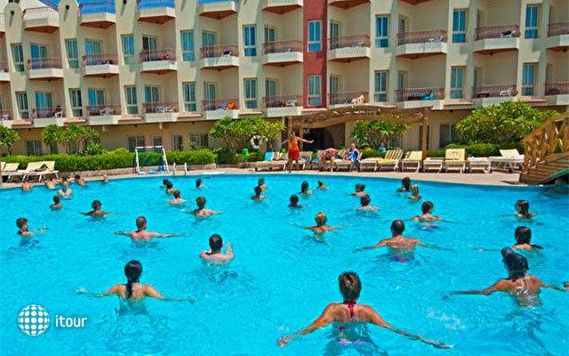 Mirage New Hawaii Resort And Spa 8