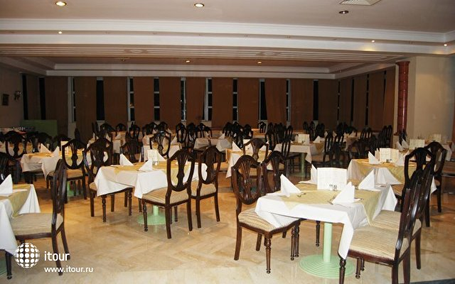 Roma Hotel 9