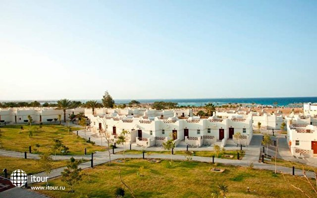 Coral Beach Resort (ex. Coral Beach Rotana Resort) 4