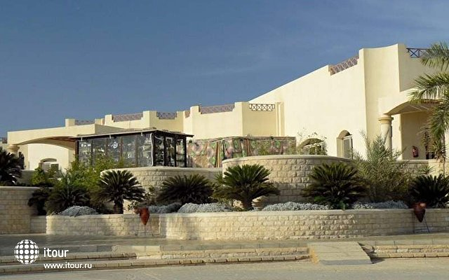 Coral Beach Resort (ex. Coral Beach Rotana Resort) 7