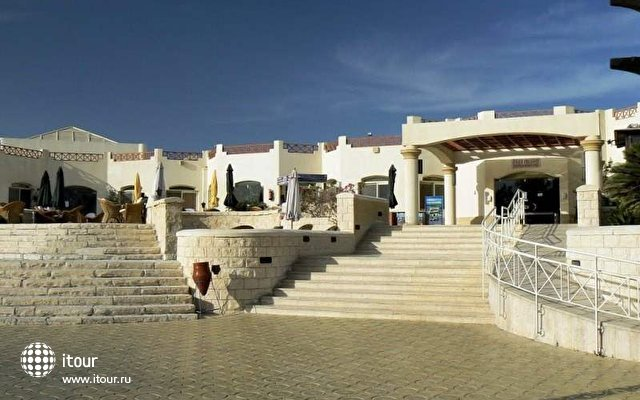 Coral Beach Resort (ex. Coral Beach Rotana Resort) 9