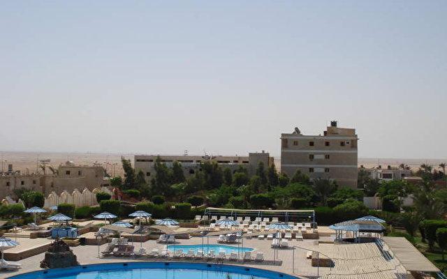 Desert Inn 10
