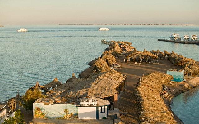 El Samaka Beach 5