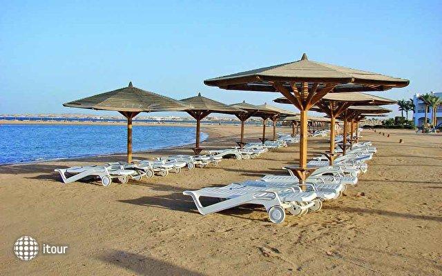 Grand Seas Resort Hostmark 8