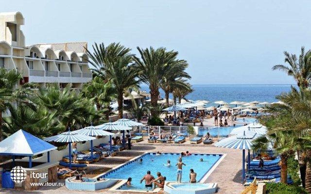 The Three Corners Triton Empire Beach Resort 5