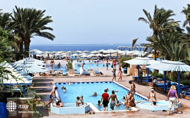 The Three Corners Triton Empire Beach Resort 8