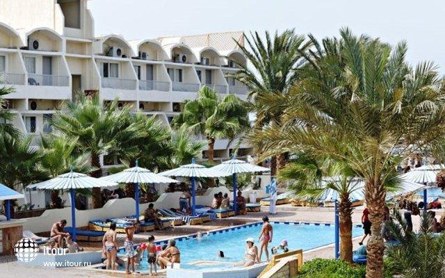 The Three Corners Triton Empire Beach Resort 10