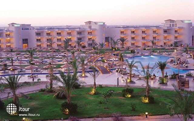 Hilton Hurghada Long Beach Resort 1