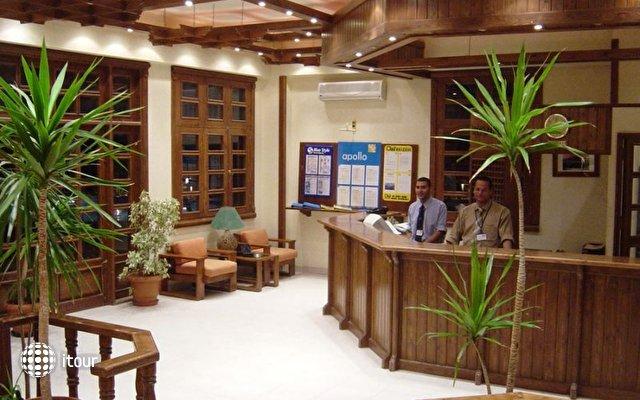 Zak Royal Wings Hotel 8