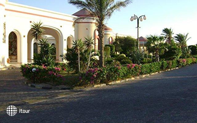 Al Nabila Grand Bay 9