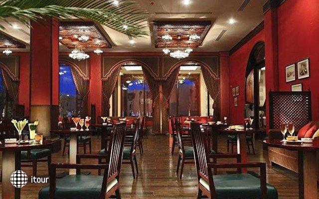 Stella Makadi Beach Resort & Spa 3