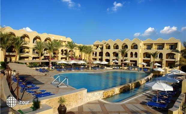 Sensimar Makadi Hotel (ex. Sol Y Mar Makadi Marine) 1