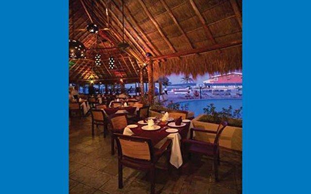 Amwaj Blue Beach Resort & Spa 8