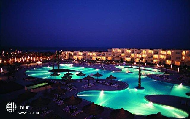 Club Azur 11