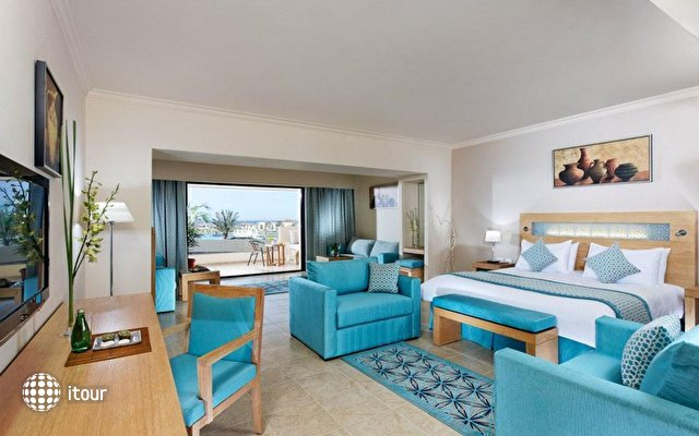 Moevenpick Resort Soma Bay 2