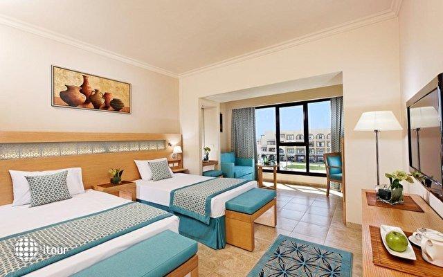 Moevenpick Resort Soma Bay 10