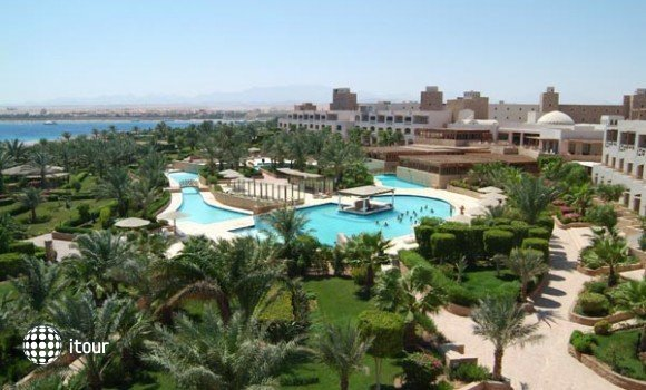 Fort Arabesque Resort 1