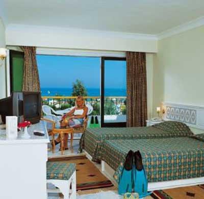 Amira Hotel 6